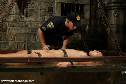 Photo number 11 from Justin and Veronika shot for Water Bondage on Kink.com. Featuring Veronika and Justin in hardcore BDSM & Fetish porn.