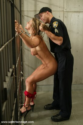 Photo number 4 from Justin and Veronika shot for Water Bondage on Kink.com. Featuring Veronika and Justin in hardcore BDSM & Fetish porn.
