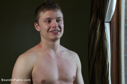 Photo number 15 from Cruising for Sex with Micah Andrews shot for Bound in Public on Kink.com. Featuring Micah Andrews, Cole Streets and Leo Forte in hardcore BDSM & Fetish porn.