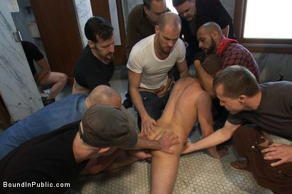 Photo number 12 from Cruising for Sex with Micah Andrews shot for Bound in Public on Kink.com. Featuring Micah Andrews, Cole Streets and Leo Forte in hardcore BDSM & Fetish porn.
