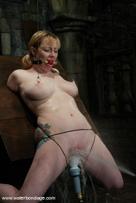 Photo number 11 from Adrianna Nicole shot for Water Bondage on Kink.com. Featuring Adrianna Nicole in hardcore BDSM & Fetish porn.