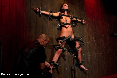 Photo number 3 from Young slut feels the wrath of inescapable devices while enduring extreme torture   shot for Device Bondage on Kink.com. Featuring Aiden Starr, Cassandra Nix and Ian Rath in hardcore BDSM & Fetish porn.