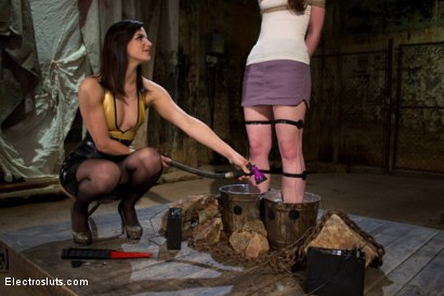 Photo number 7 from AnnaBelle Lee is an Electroslut! shot for Electro Sluts on Kink.com. Featuring AnnaBelle Lee and Bobbi Starr in hardcore BDSM & Fetish porn.