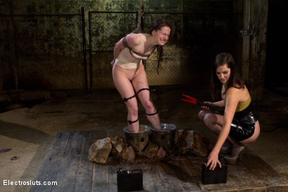 Photo number 14 from AnnaBelle Lee is an Electroslut! shot for Electro Sluts on Kink.com. Featuring AnnaBelle Lee and Bobbi Starr in hardcore BDSM & Fetish porn.