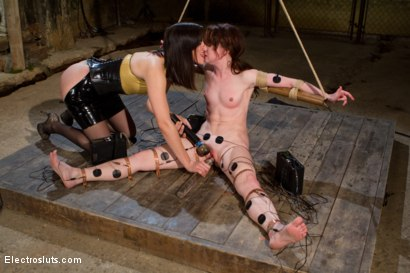 Photo number 5 from AnnaBelle Experiences the Power of Copper shot for Electro Sluts on Kink.com. Featuring AnnaBelle Lee and Bobbi Starr in hardcore BDSM & Fetish porn.