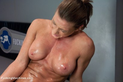 Photo number 9 from TRIPLE PENETRATION MUSCLE BABE: Ariel X Flexing Her Pussy Power shot for Fucking Machines on Kink.com. Featuring Ariel X in hardcore BDSM & Fetish porn.