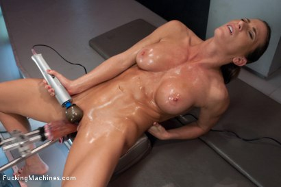 Photo number 7 from TRIPLE PENETRATION MUSCLE BABE: Ariel X Flexing Her Pussy Power shot for Fucking Machines on Kink.com. Featuring Ariel X in hardcore BDSM & Fetish porn.