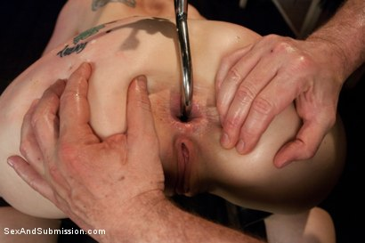 Photo number 8 from Pushing Limits with Hardcore BDSM Sex shot for Sex And Submission on Kink.com. Featuring CiCi Rhodes and Mark Davis in hardcore BDSM & Fetish porn.