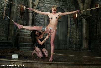 Photo number 4 from Princess Donna Dolore and Audrey Leigh shot for Wired Pussy on Kink.com. Featuring Princess Donna Dolore and Audrey Leigh in hardcore BDSM & Fetish porn.