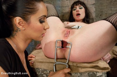Photo number 5 from Stretching and Fisting Proxy shot for Everything Butt on Kink.com. Featuring James Deen, Proxy Paige and Isis Love in hardcore BDSM & Fetish porn.