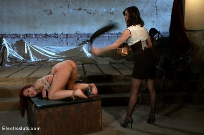 Photo number 7 from Kelly Divine VS Stanley shot for Electro Sluts on Kink.com. Featuring Kelly Divine and Bobbi Starr in hardcore BDSM & Fetish porn.