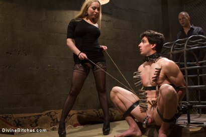 Photo number 7 from Basement Bitch Cuckold shot for Divine Bitches on Kink.com. Featuring Aiden Starr, Wolf Hudson and Tyler Alexander in hardcore BDSM & Fetish porn.