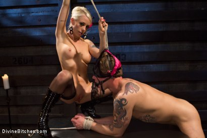 Photo number 7 from The Ultimate Tease, Lorelei Lee shot for Divine Bitches on Kink.com. Featuring Trent Diesel and Lorelei Lee in hardcore BDSM & Fetish porn.