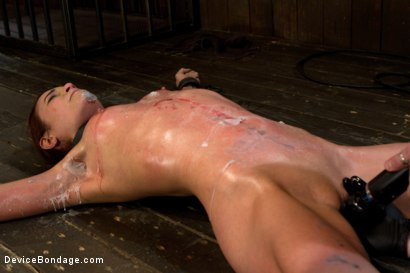 Photo number 7 from Amber At Last shot for Device Bondage on Kink.com. Featuring Amber Rayne in hardcore BDSM & Fetish porn.