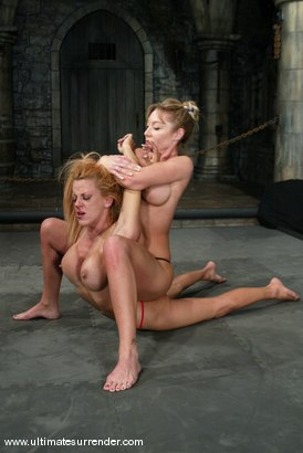 Photo number 5 from Janay and Shannon Kelly shot for Ultimate Surrender on Kink.com. Featuring Janay and Shannon Kelly in hardcore BDSM & Fetish porn.