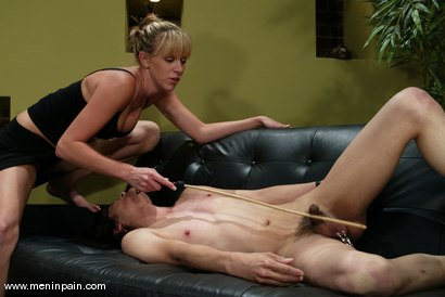 Photo number 4 from Audrey Leigh and Scott Lee shot for Men In Pain on Kink.com. Featuring Audrey Leigh and Scott Lee in hardcore BDSM & Fetish porn.