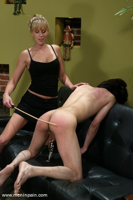 Photo number 3 from Audrey Leigh and Scott Lee shot for Men In Pain on Kink.com. Featuring Audrey Leigh and Scott Lee in hardcore BDSM & Fetish porn.