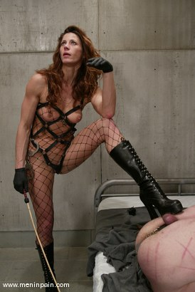 Photo number 11 from Kym Wilde and Slave shot for Men In Pain on Kink.com. Featuring Kym Wilde and Slave in hardcore BDSM & Fetish porn.