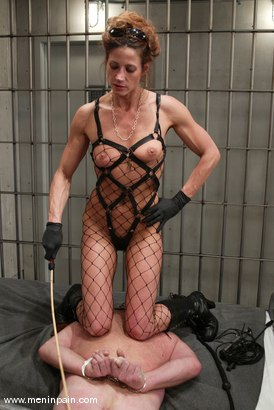 Photo number 13 from Kym Wilde and Slave shot for Men In Pain on Kink.com. Featuring Kym Wilde and Slave in hardcore BDSM & Fetish porn.
