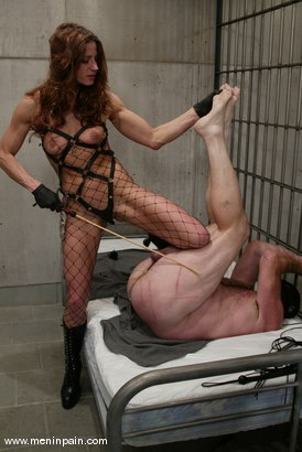 Photo number 10 from Kym Wilde and Slave shot for Men In Pain on Kink.com. Featuring Kym Wilde and Slave in hardcore BDSM & Fetish porn.