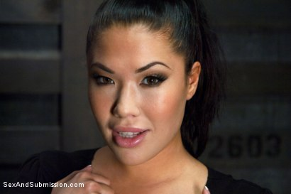 Photo number 15 from Punished Masseuse shot for Sex And Submission on Kink.com. Featuring London Keyes and Karlo Karrera in hardcore BDSM & Fetish porn.