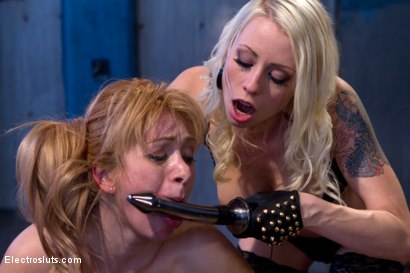 Photo number 12 from Electro Anal Exploration shot for Electro Sluts on Kink.com. Featuring Lea Lexis and Lorelei Lee in hardcore BDSM & Fetish porn.