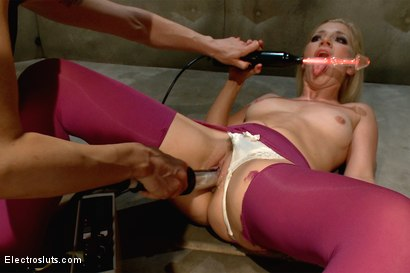 Photo number 11 from Sexy, Blonde ASHLEY FIRES Subs for Electrosluts!! shot for Electro Sluts on Kink.com. Featuring Ashley Fires and Lorelei Lee in hardcore BDSM & Fetish porn.