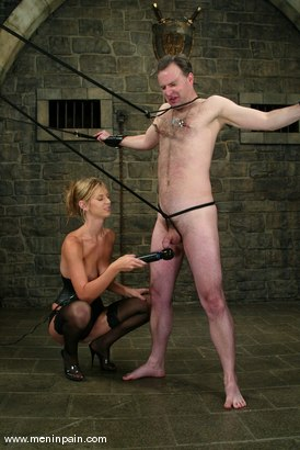 Photo number 5 from Miss Brooke and Andy Mann shot for Men In Pain on Kink.com. Featuring Brooke Banner and Andy Mann in hardcore BDSM & Fetish porn.