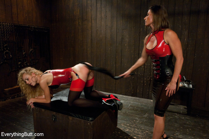 Mia li lesbian bondage and rough screaming sex and chca bondage and black