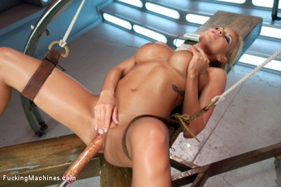 Photo number 15 from Perfect Blonde California Dream Barbie Machine Fucked shot for Fucking Machines on Kink.com. Featuring Nicole Graves in hardcore BDSM & Fetish porn.