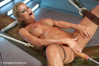 Photo number 4 from Perfect Blonde California Dream Barbie Machine Fucked shot for Fucking Machines on Kink.com. Featuring Nicole Graves in hardcore BDSM & Fetish porn.
