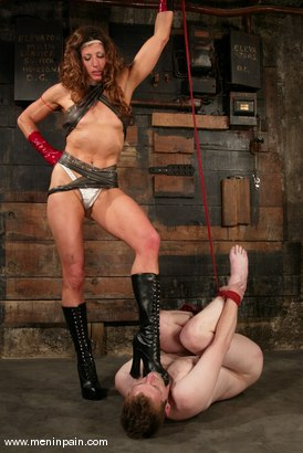 Photo number 5 from Gavin and Kym Wilde shot for Men In Pain on Kink.com. Featuring Gavin and Kym Wilde in hardcore BDSM & Fetish porn.