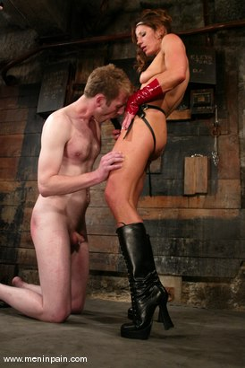 Photo number 12 from Gavin and Kym Wilde shot for Men In Pain on Kink.com. Featuring Gavin and Kym Wilde in hardcore BDSM & Fetish porn.