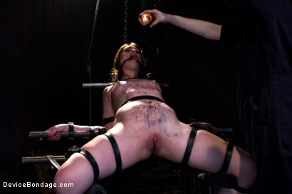 Photo number 15 from Sarah Shevon Suffers - Live Show Part 1 shot for Device Bondage on Kink.com. Featuring Sarah Shevon in hardcore BDSM & Fetish porn.