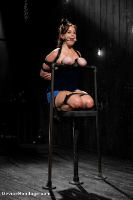 Photo number 3 from Bella Rossi - Captured Cunt shot for Device Bondage on Kink.com. Featuring Bella Rossi in hardcore BDSM & Fetish porn.