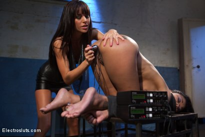 Photo number 15 from Beautiful Skin Diamond Anal takes and Intense Electro Fucking! shot for Electro Sluts on Kink.com. Featuring Skin Diamond and Gia DiMarco in hardcore BDSM & Fetish porn.