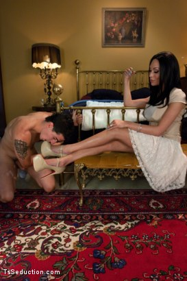 Photo number 1 from CLASSIC ARCHIVE SHOOT!! Five Star Fucking: Mia Silences a PR Scandal shot for TS Seduction on Kink.com. Featuring Mia Isabella and Tyler Alexander in hardcore BDSM & Fetish porn.