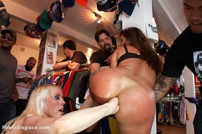 Photo number 8 from MILF with Big Booty and Big Titties Gets Ass Fucked in Public shot for Public Disgrace on Kink.com. Featuring Lorelei Lee, Francesca Le  and Mark Wood in hardcore BDSM & Fetish porn.