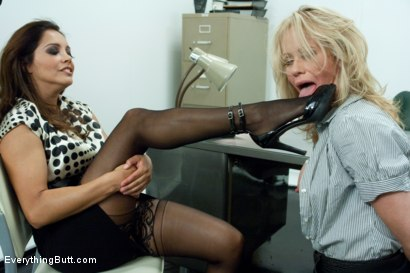 Photo number 2 from Anal Interview with Hot Milf Simone Sonay shot for Everything Butt on Kink.com. Featuring Mark Davis, Simone Sonay and Francesca Le in hardcore BDSM & Fetish porn.