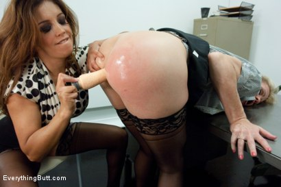 Photo number 4 from Anal Interview with Hot Milf Simone Sonay shot for Everything Butt on Kink.com. Featuring Mark Davis, Simone Sonay and Francesca Le in hardcore BDSM & Fetish porn.