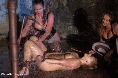 Photo number 3 from Part 2: Wet Stalkings shot for Water Bondage on Kink.com. Featuring Phoenix Marie, Chanel Preston, Lea Lexis and Bobbi Starr in hardcore BDSM & Fetish porn.