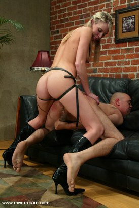 Photo number 13 from Audrey Leigh and Maximus shot for Men In Pain on Kink.com. Featuring Maximus and Audrey Leigh in hardcore BDSM & Fetish porn.