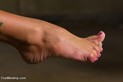 Photo number 10 from Feet That Dance To Elmer's Tune: Jenna Presley shot for Foot Worship on Kink.com. Featuring Jenna Presley and Anthony Rosano in hardcore BDSM & Fetish porn.