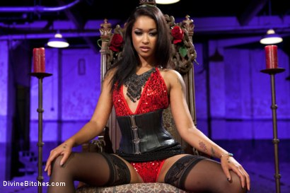Photo number 15 from Her Highness Queen Of Diamonds: Skin Diamond shot for Divine Bitches on Kink.com. Featuring Skin Diamond and Sebastian Keys in hardcore BDSM & Fetish porn.