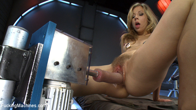 Chastity Lynn Pov Blowjob