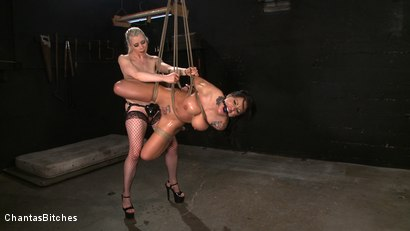 Photo number 15 from Lorelei's New Pet shot for Chantas Bitches on Kink.com. Featuring Lorelei Lee and Mason Moore in hardcore BDSM & Fetish porn.