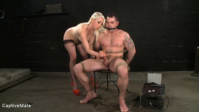 Photo number 11 from One Tough Guy shot for Captive Male on Kink.com. Featuring Lorelei Lee and Daac Ramsey in hardcore BDSM & Fetish porn.