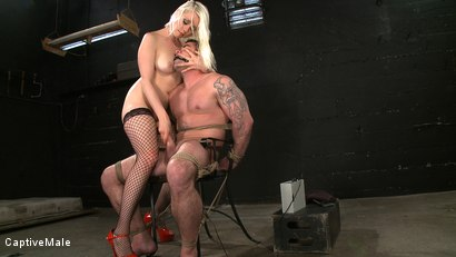 Photo number 12 from One Tough Guy shot for Captive Male on Kink.com. Featuring Lorelei Lee and Daac Ramsey in hardcore BDSM & Fetish porn.