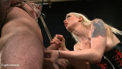 Photo number 5 from One Tough Guy shot for Captive Male on Kink.com. Featuring Lorelei Lee and Daac Ramsey in hardcore BDSM & Fetish porn.