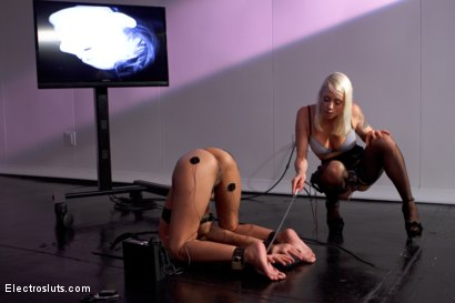 Photo number 1 from Welcome to Electrosluts, Beretta James!! shot for Electro Sluts on Kink.com. Featuring Lorelei Lee and Beretta James in hardcore BDSM & Fetish porn.
